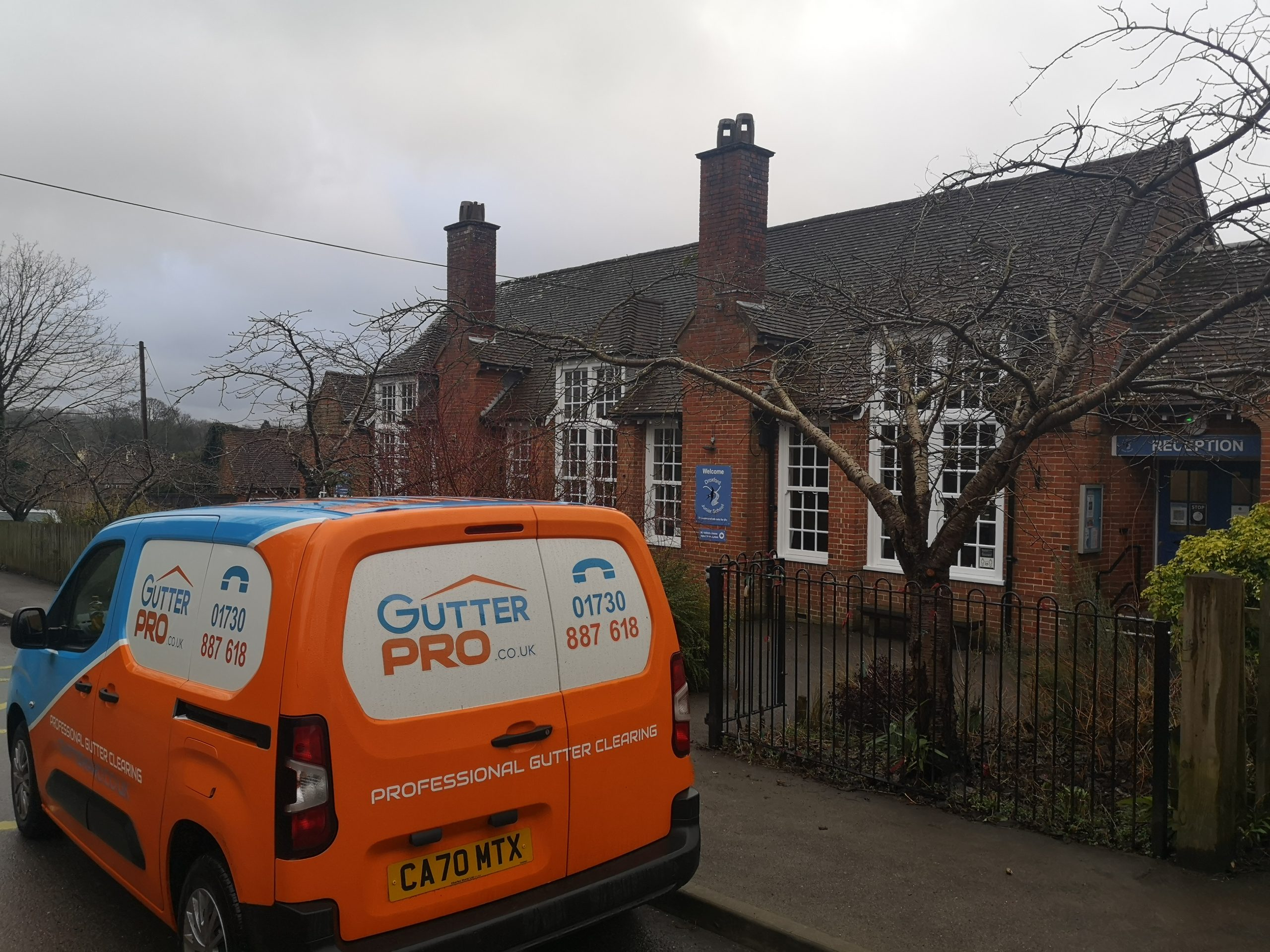 Gutter Cleaning Droxford