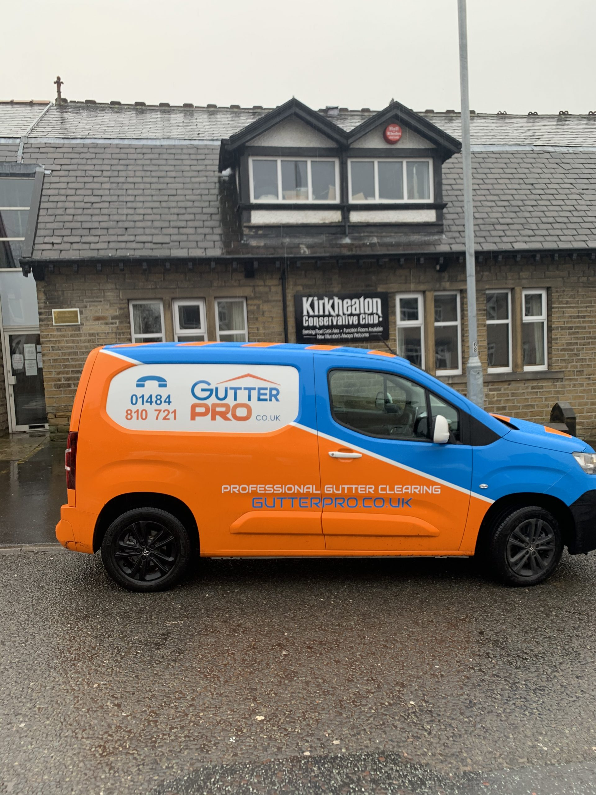 Gutter Cleaning Kirkheaton